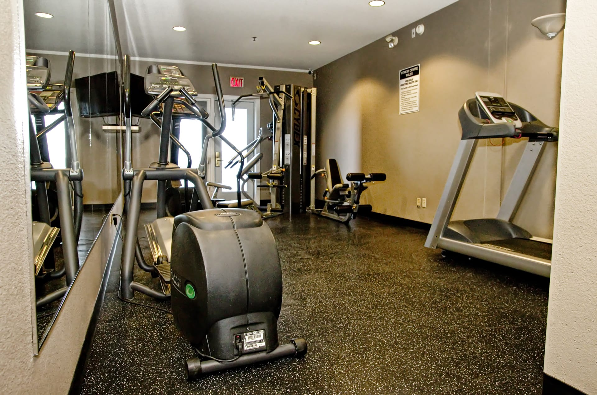 Lakeview Inns & Suites - Brandon - Hotel Exercise Room